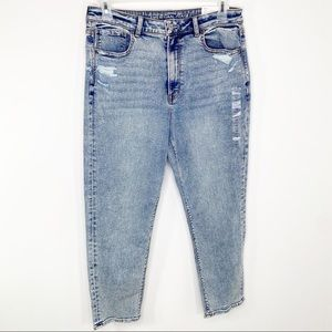 New American Eagle Mom Jeans 12 short high rise
